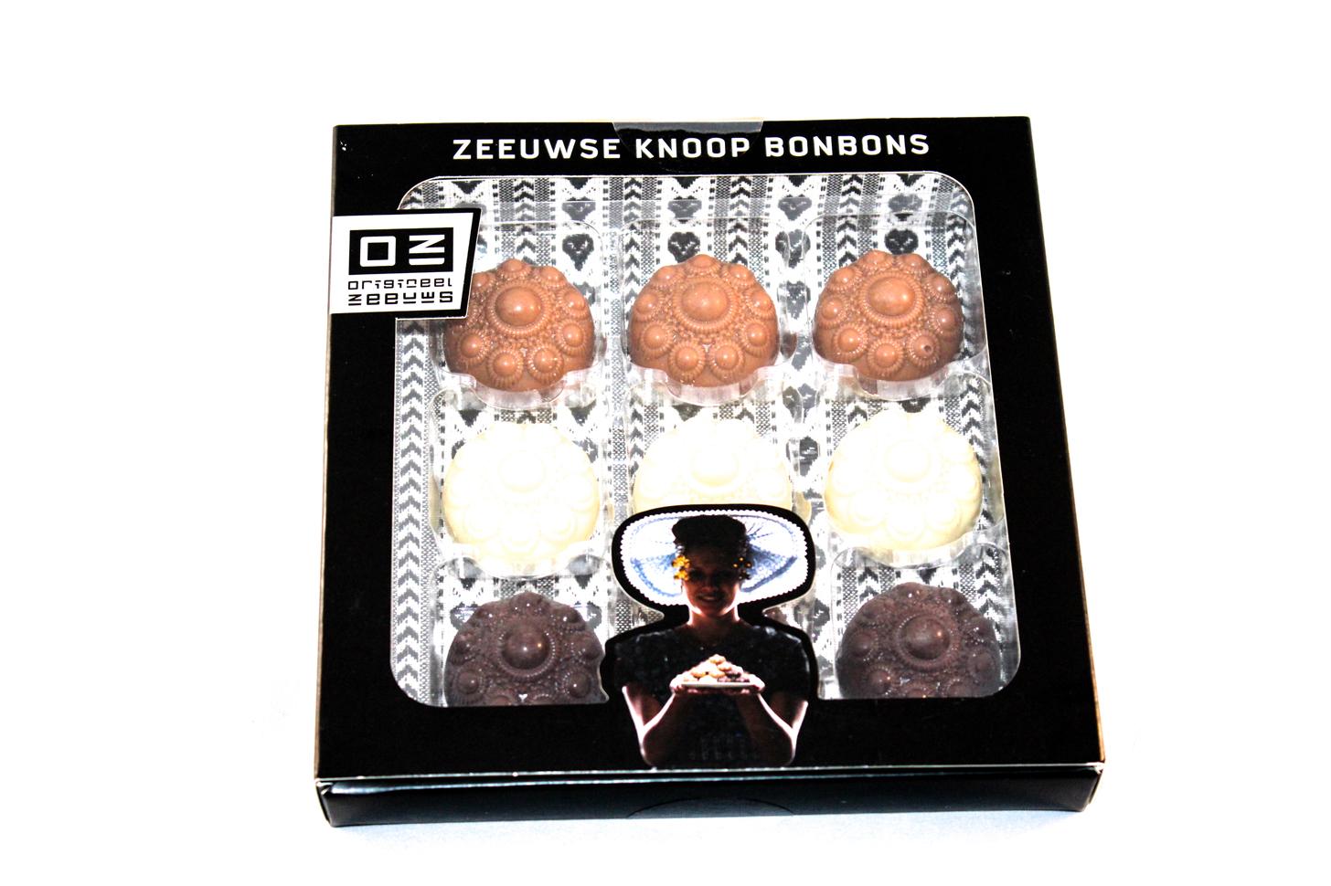 Knoop bonbons doosje van 9